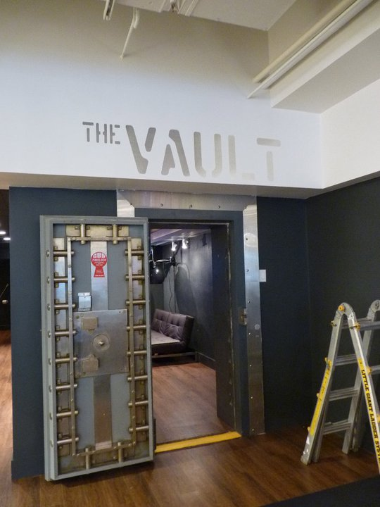 spacesalon_thevault