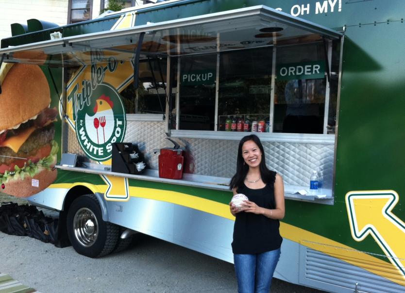 whtespot_triple_os_mobile_food_cart
