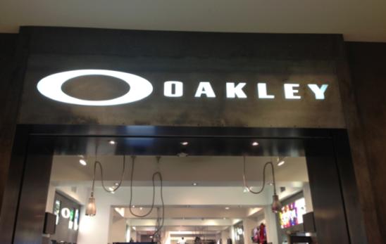 oakley storefront