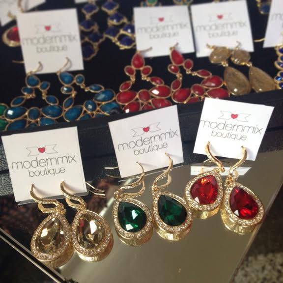 Displaying our holiday jewels from Modern Mix Boutique at the Fine Finds booth at Candytown in Yaletown.