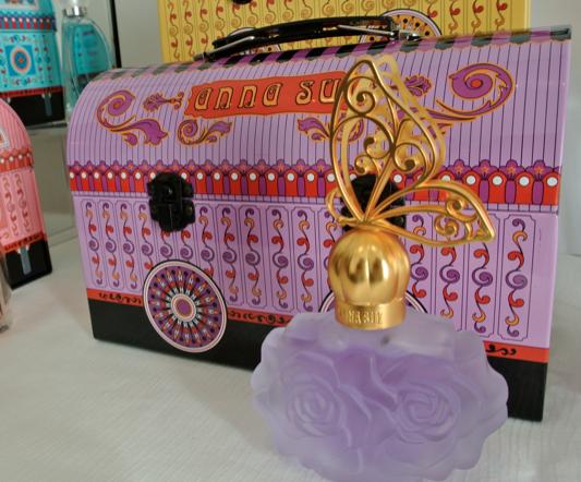anna sui fragrance caravan