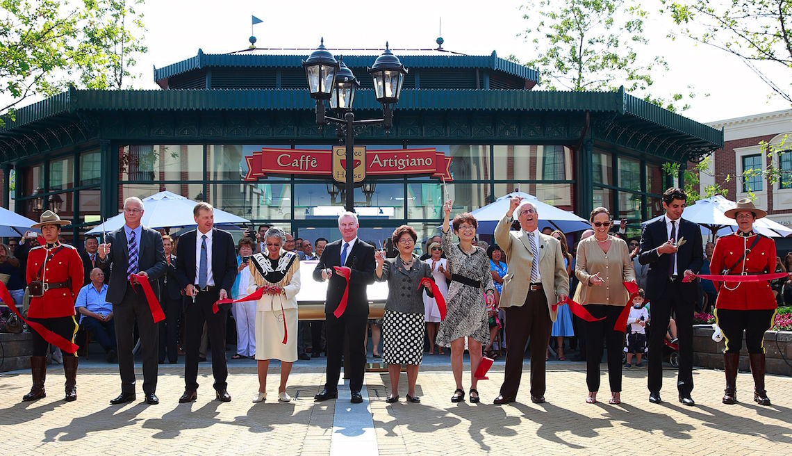 Ribbon Cutting Ceremony at McArthurGlen Designer Outlet Vancouver Airport