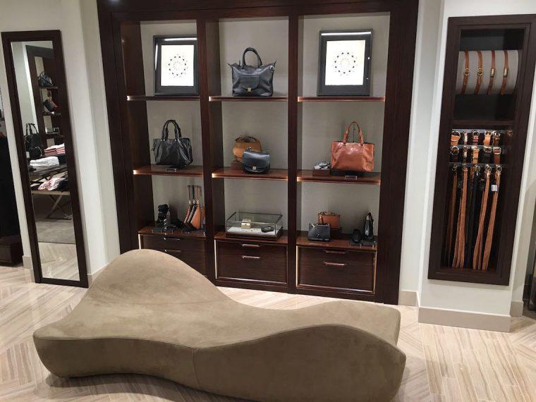 Massimo Dutti Vancouver Accessories