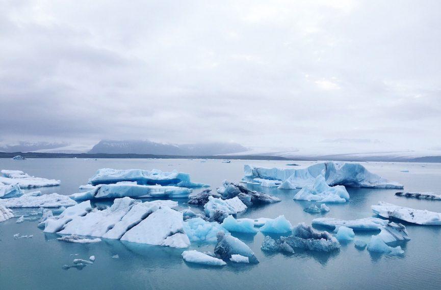 Icebergs at jokulsarlon glacier lagoon Iceland 3