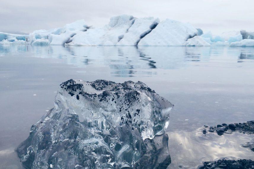 Iceland Jokulsarlon Glacier Lagoon Black Sand Beach