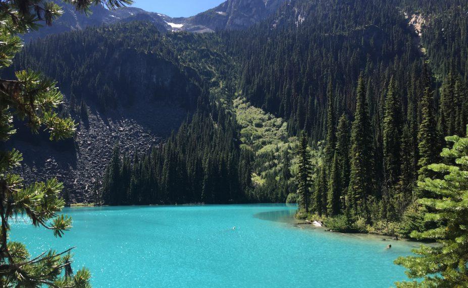 Joffre Lakes Hike Middle Lake