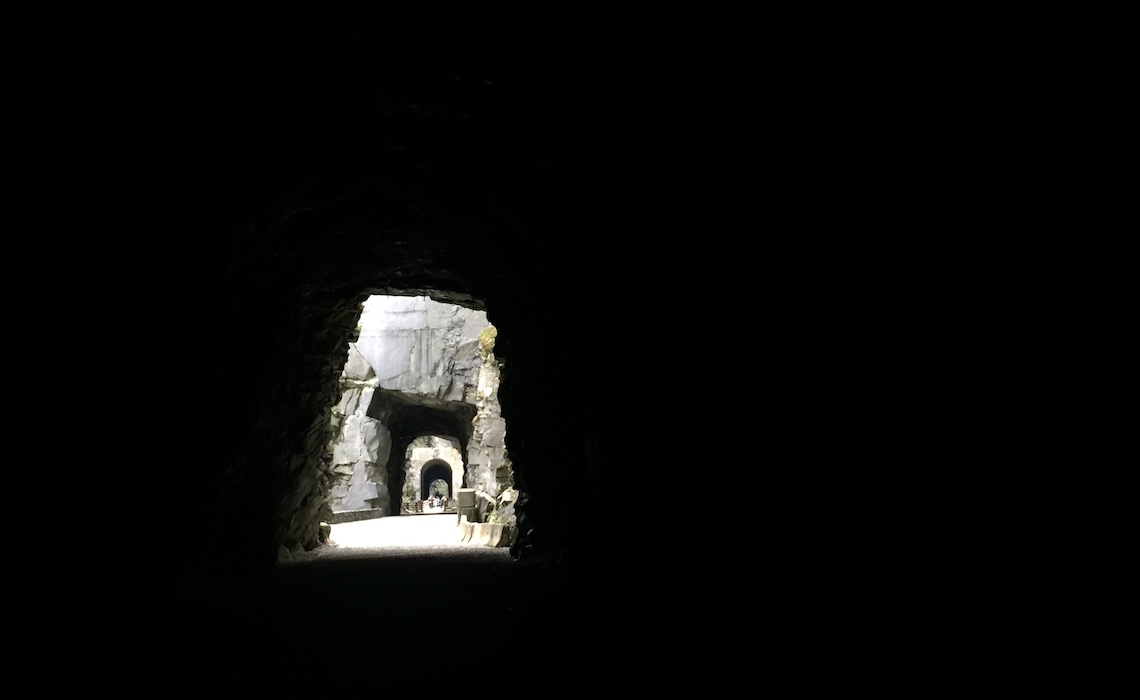 othello-tunnels-4