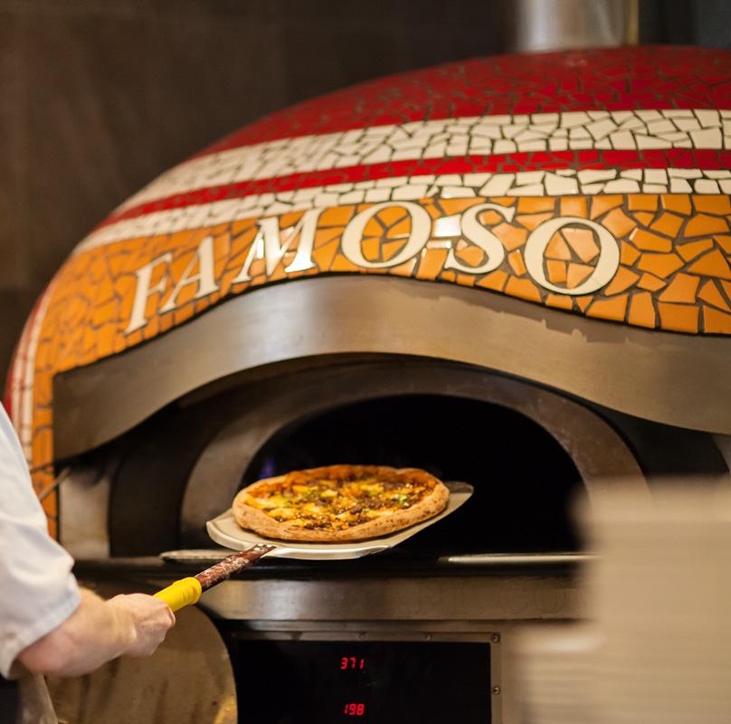 Famoso Pizza Oven