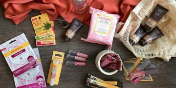 Burt's bees natural beauty products reviewed