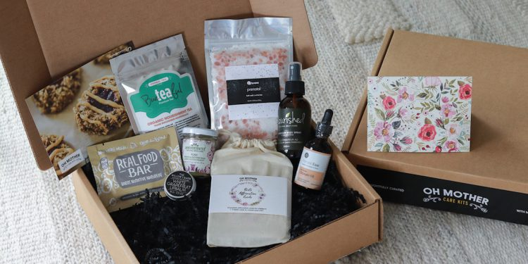 Products inside the Oh Mother Care Kit Pregnancy Gift Box