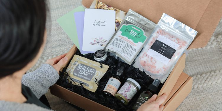 oh mother maternity gift kit unboxing
