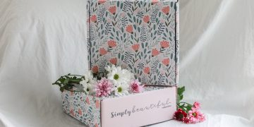 Simply Beautiful Spring 2021 Box